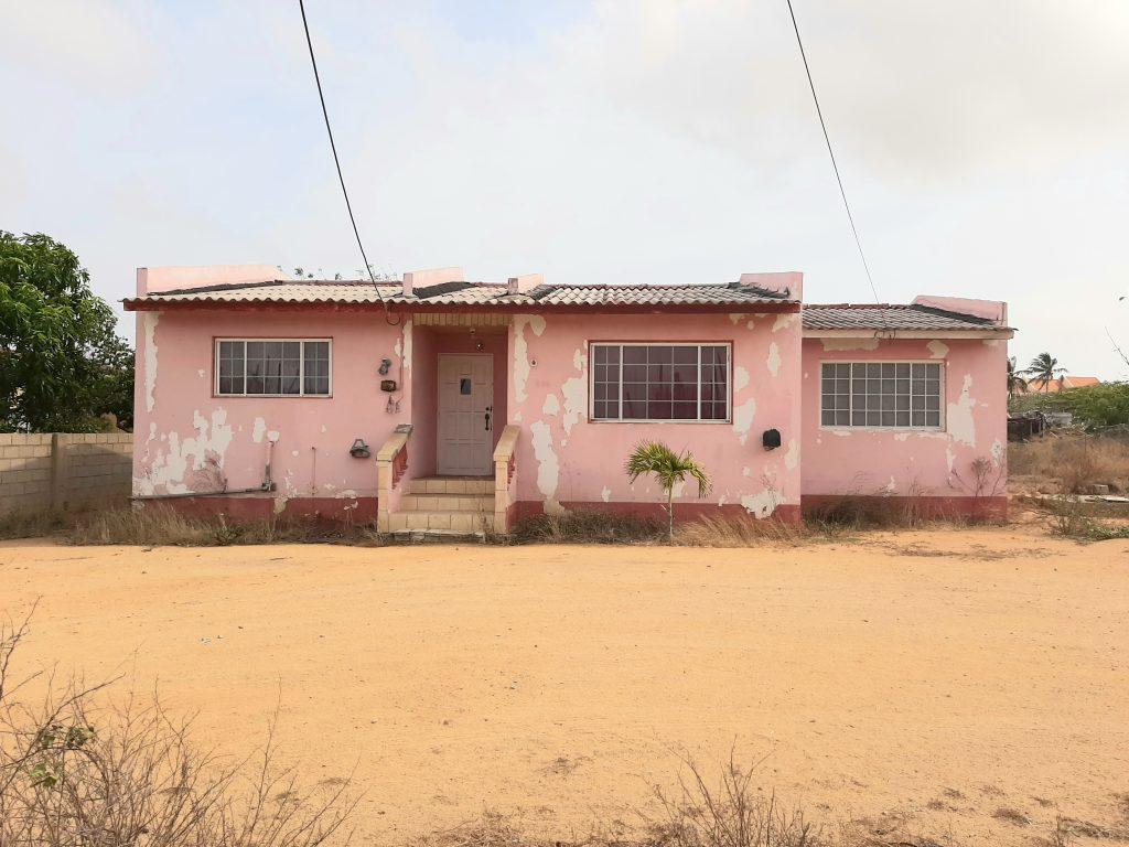 papillon+45+santacruz+house+aruba+fixerupper+family+home+frontside
